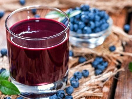Нектар / сок / сироп от боровинки в бутилки (с варене) - снимка на рецептата